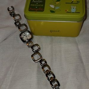 Fossil Accessories Fossil Waterproof Rating 5 Atm Stainless Steel
